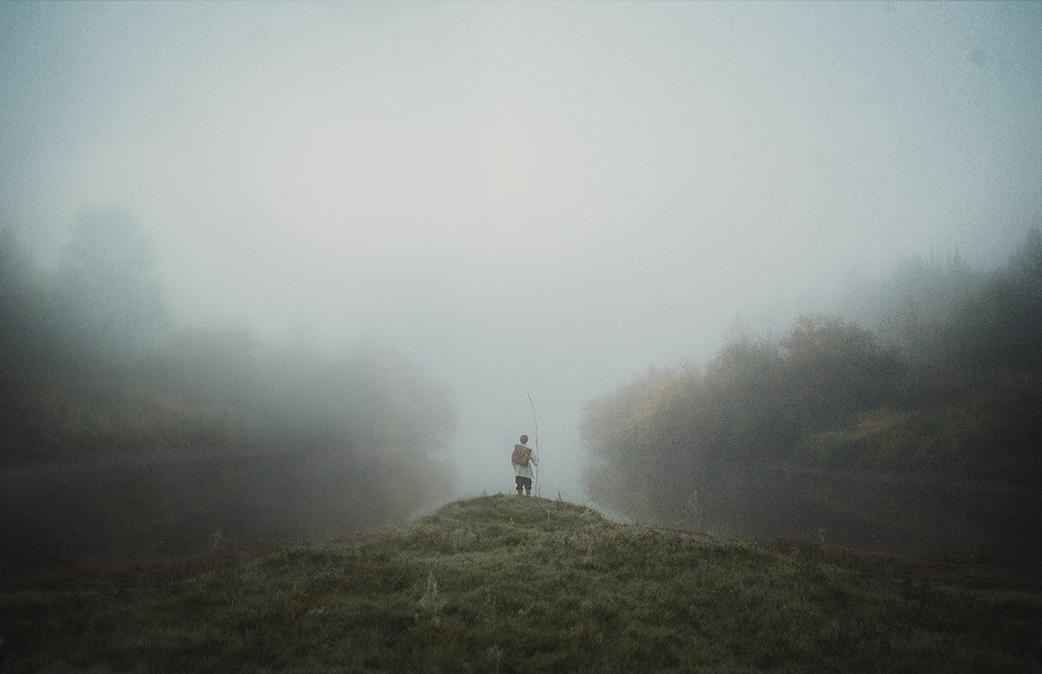 4/10. Руски фотограф Дмитриј Рогошкин рођен је у малом граду Малмижу у Кировској области удаљеном око 945 km источно од Москве.