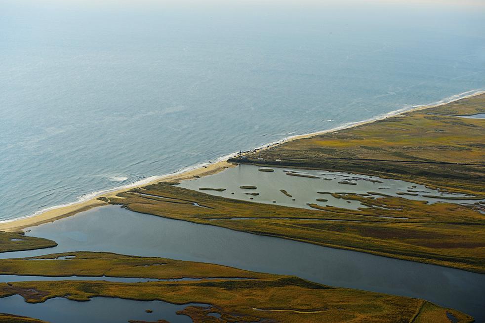 Ein Naturschutzgebiet und eine Meeresküste in der Nähe von der Grenze zwischen den drei Ländern: Russland, Nordkorea und China.