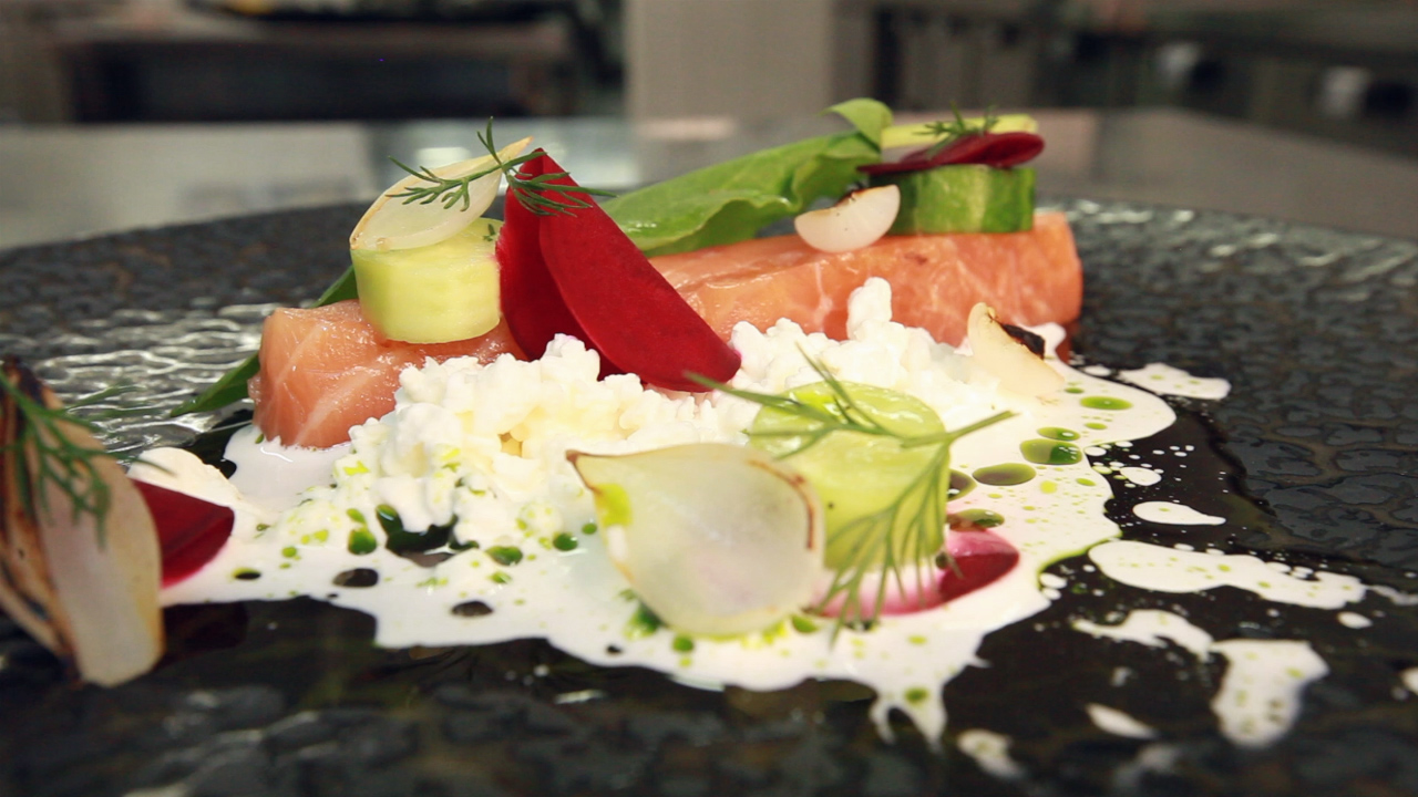 Delicious TV: Salted salmon with vodka and cottage cheese by Andrey Shmakov