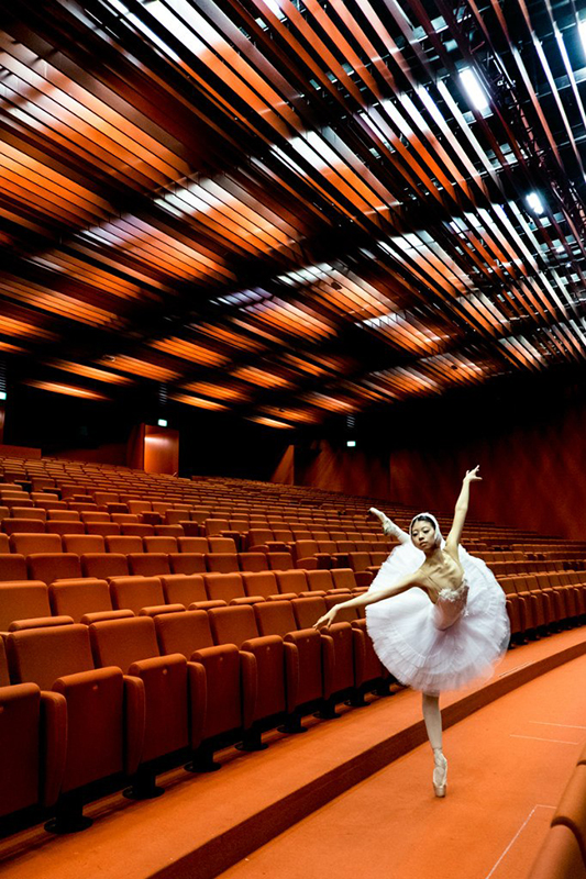 Ballet dancer during the rehearsal, Theater in Vienna, Austria.