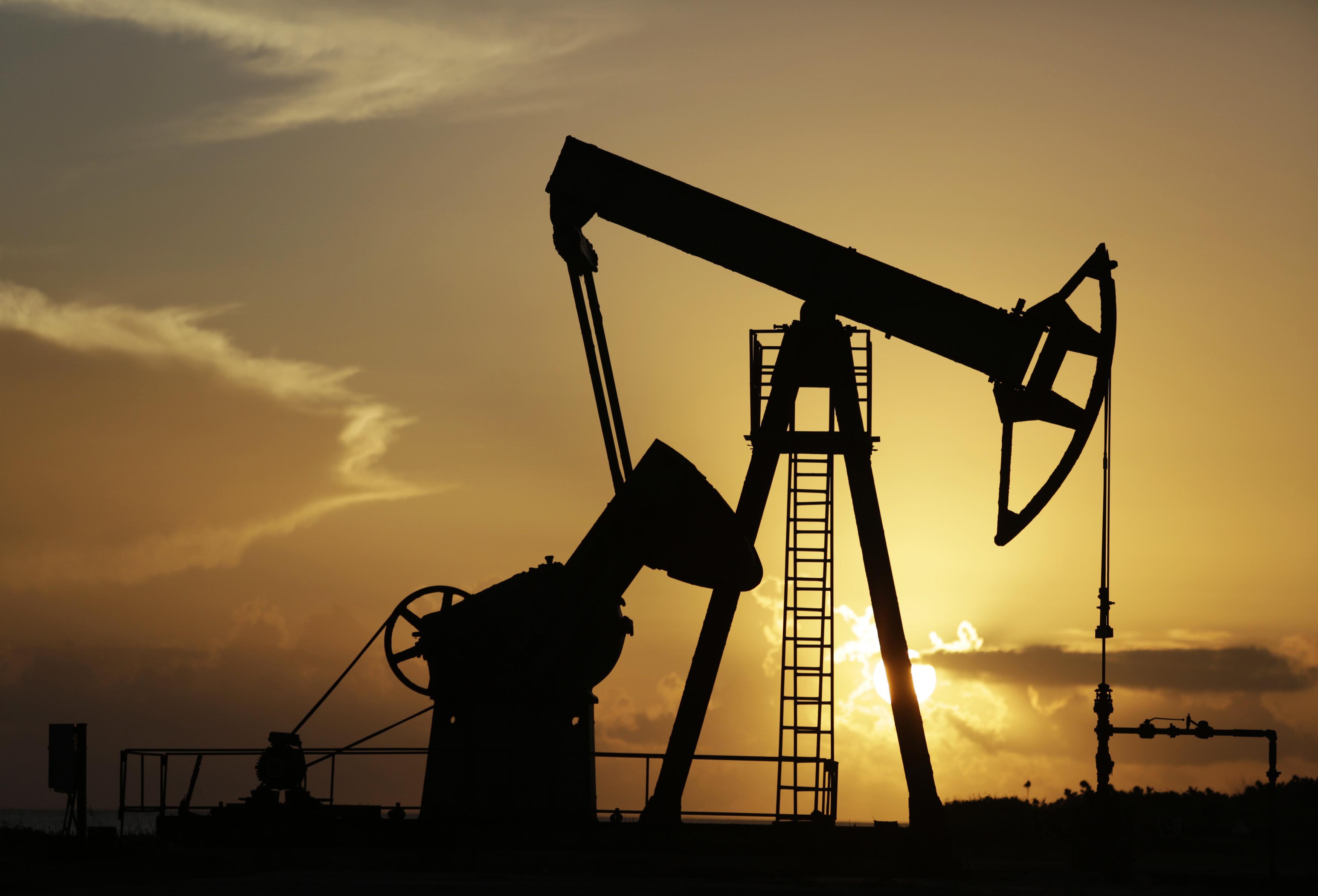 """""""Източното направление става все по-приоритетно, защото там руският петрол се продава с бонус от приблизително 2-3 долара на барел""""."""