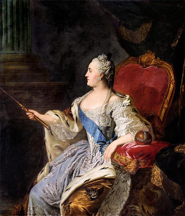 エカチェリーナ2世 (1729〜1796) は、夫のピョートル3世を退位させたクーデターの後に即位した。彼女は1762年から1796年の間、女帝として統治した。元々の彼女の名前はゾフィー・フォン・アンハルト=ツェルプスト=ドルンブルクで、父親はドイツの小君主だった。/ エカチェリーナ大帝の肖像画、フョードル・ロコトフ、1763年。