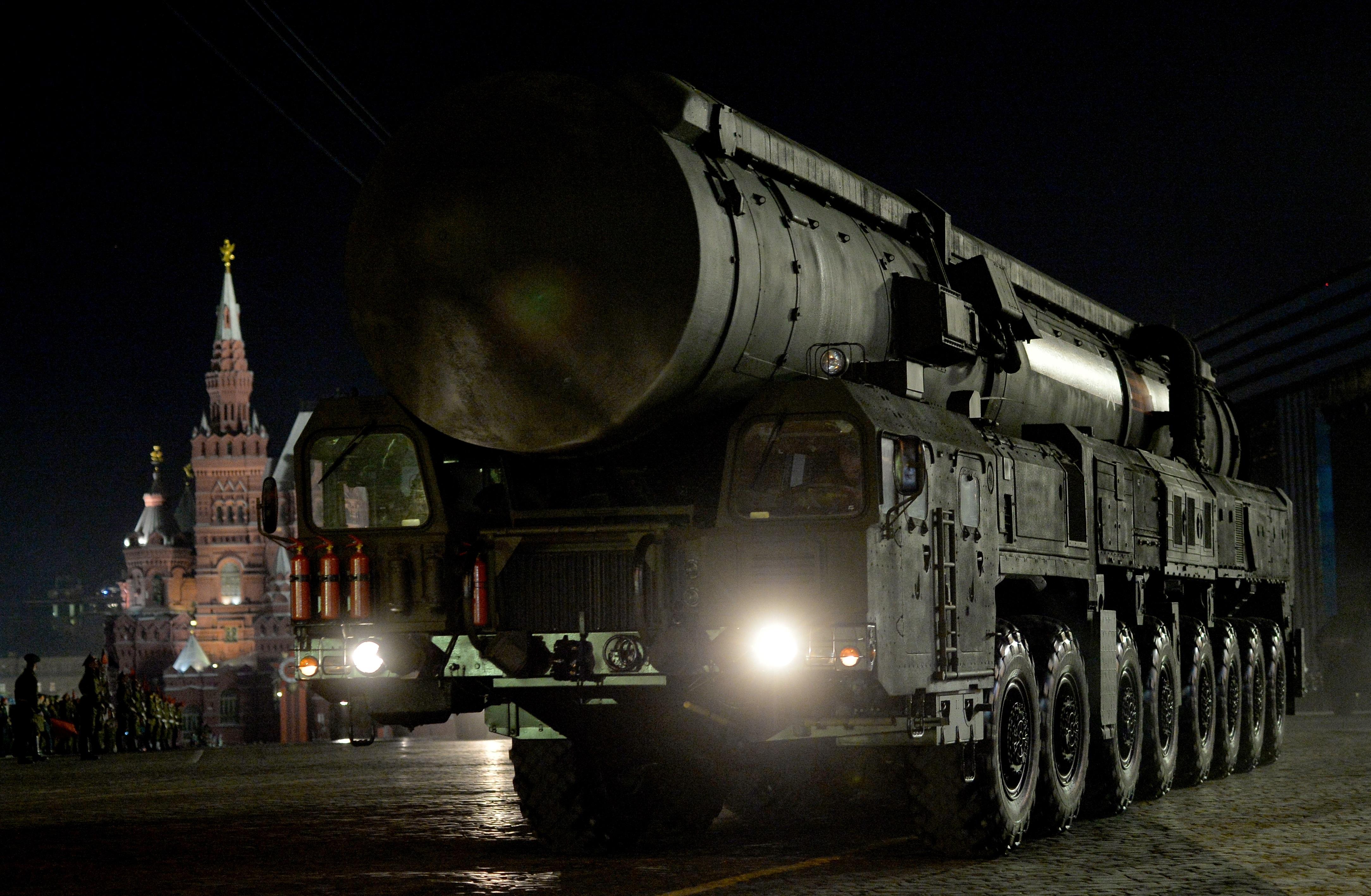 Западните политици реагираха изключително нервно на думите на Путин. Те бяха възприети едва ли не като обявяване на ново начало в надпреварата във въоръжаването.