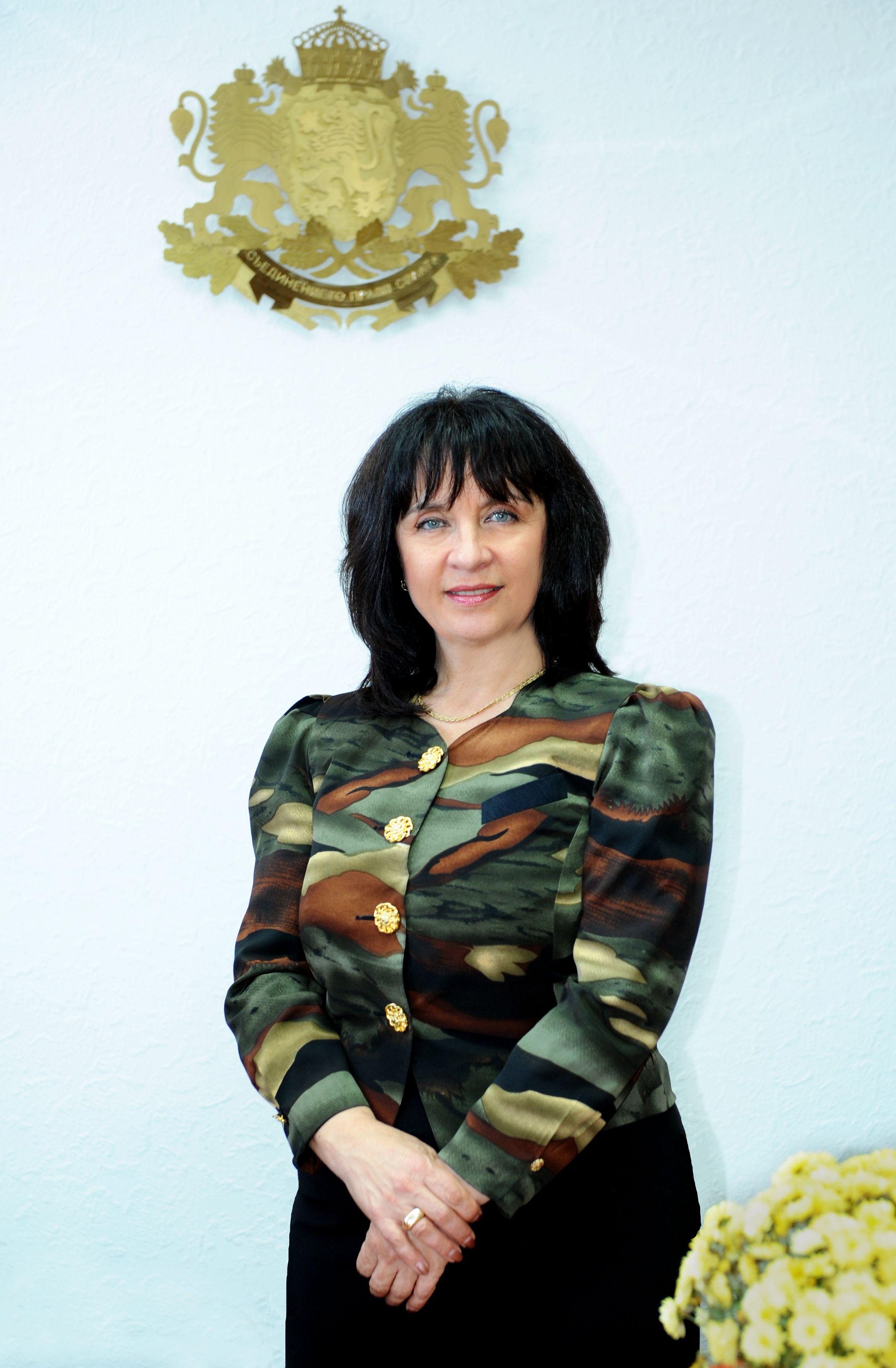 Разговор със заместник-министъра на образованието на България Ваня Кастрева.