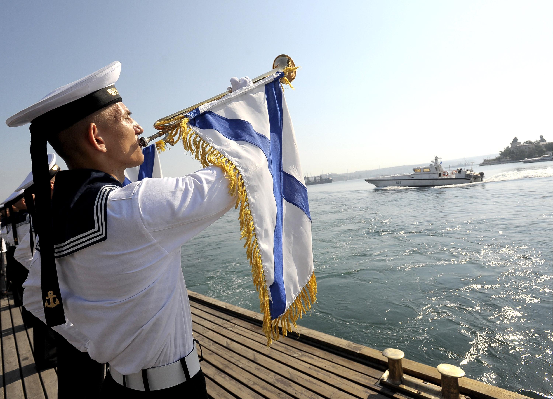 Festeggiamenti nel giorno della marina militare russa, che si celebra il 26 luglio