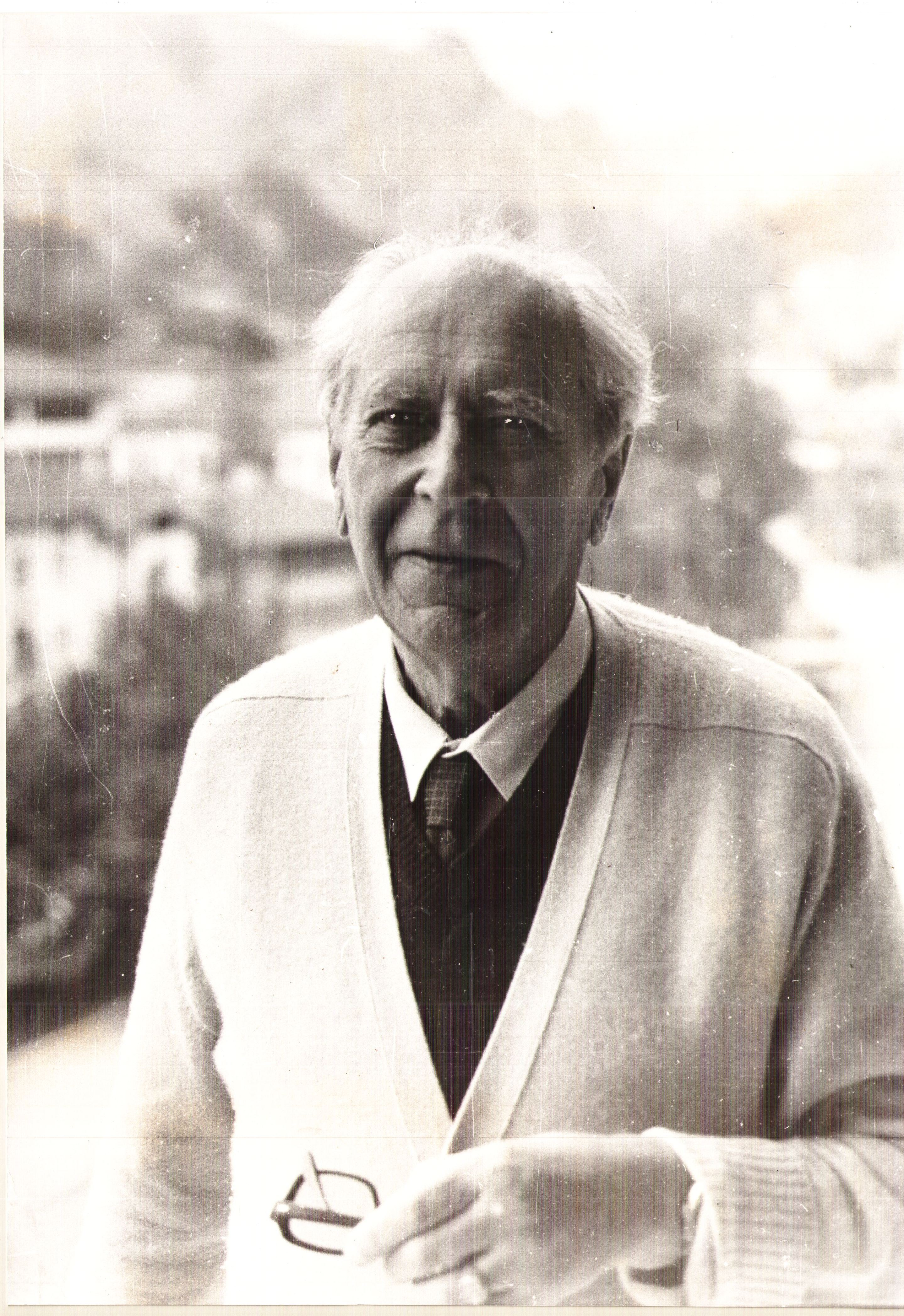 Акад. Дмитрий Лихачов в гр. Мелник, 1982 г.
