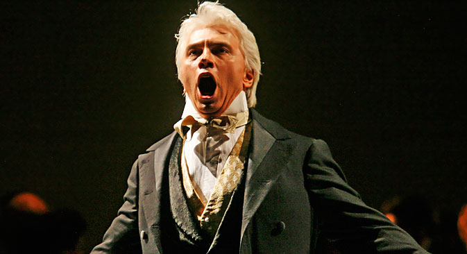 "Dmitri Hvorostovsky performs during the final dress rehearsal for the opera ""Eugene Onegin"" in New York, Tuesday, Feb.6, 2007. Source: AP"