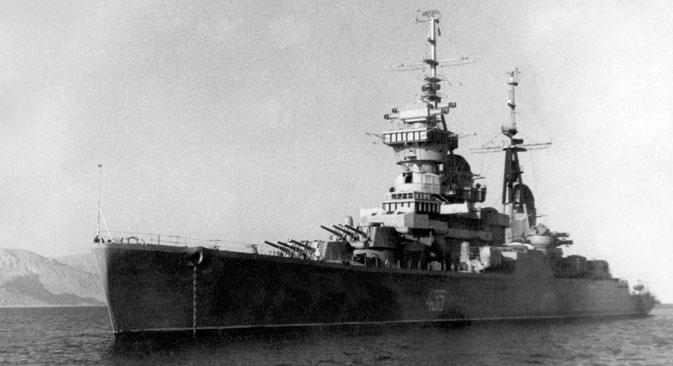 "Penjelajah ""Ordzhonikidze"" di Samudera Hindia."