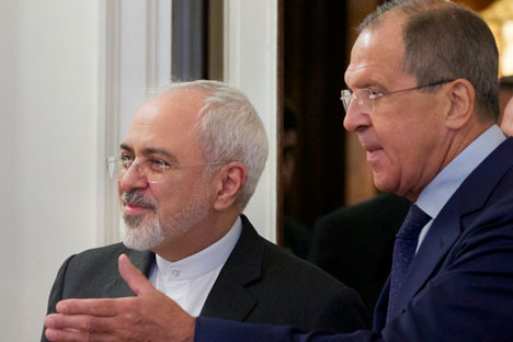 Menlu Iran Mohammad Javad Zarif dan Menlu Rusia Sergei Lavrov.