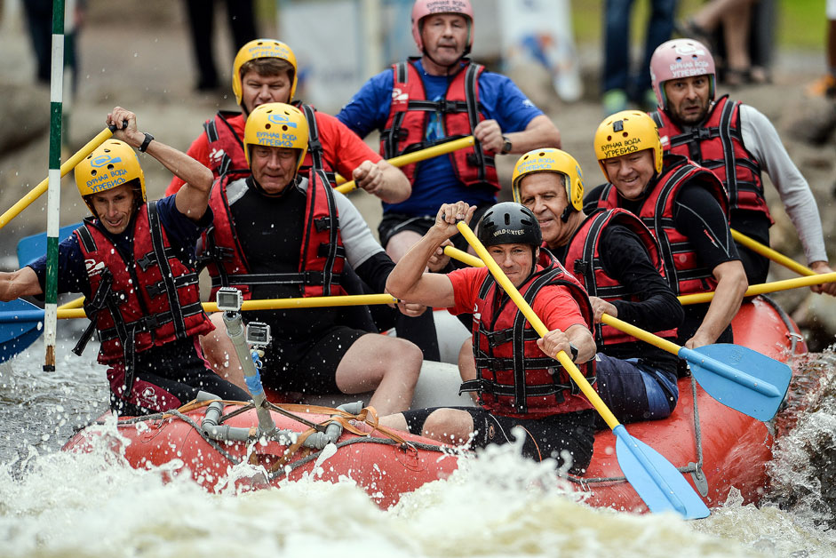 Russian Foreign Minister Sergei Lavrov (third from right) floated on rafts on the water route of the Regional Center for rowing slalom in Okulovka Novgorod region.
