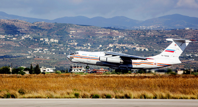 An emergency IL-76 takes off from the Latakia airport, 2013. Source: Andrey Stenin/RIA Novosti