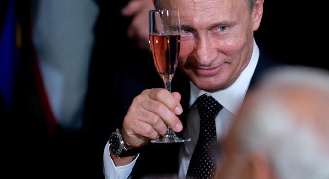"""""""Gerüchte ranken sich um Ministerpräsident Dmitri Medwedew oder den Chef der Präsidialverwaltung Sergei Iwanow"""", sagen Politologen."""