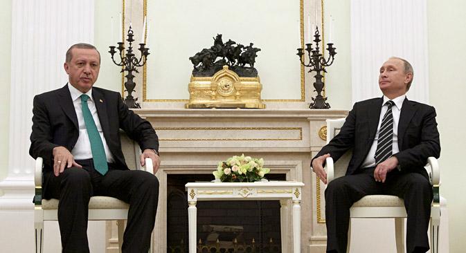 Владимир Путин и Реџеп Ердоган на средба во Кремљ во Москва.