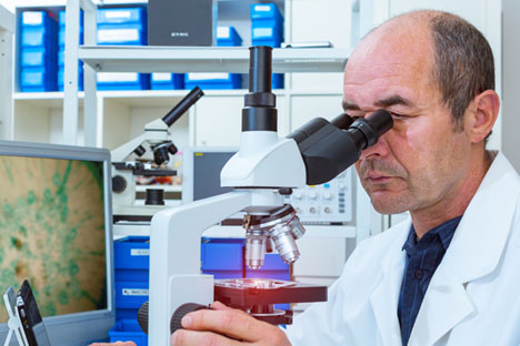 Cells selected for a biopsy are scanned by Digital Pathology, a program developed by Unim. Source: ShutterStock/Legion Media