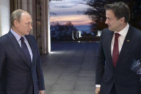 Am 6. Oktober traf sich Wladimir Putin mit Xavier Bettel in seiner Residenz in Sotschi.