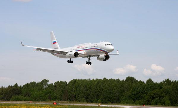 Tu-214 é modelo usado por autoridades como o premiê Dmítri Medvedev