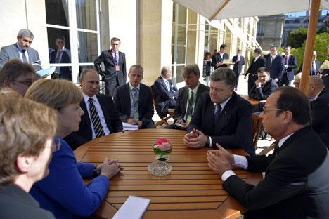 La rencontre sur le règlement en Ukraine le 2 octobre 2015 à Paris.