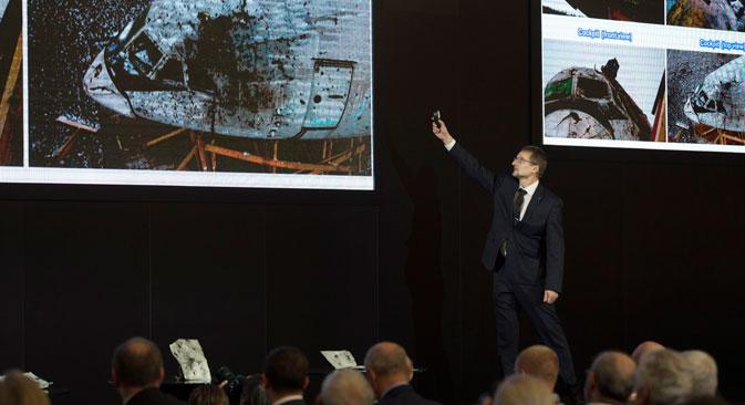Penasihat Direktur Jenderal Almaz-Antey Mikhail Malyshevsky berbicara pada sesi konferensi pers di Moskow, Rusia, Selasa (13/10). Perusahaan Almaz-Antey menyatakan, penyelidikan awal menunjukkan bahwa MH-17 jatuh oleh model Buk yang tidak lagi dipakai militer Rusia, melainkan masih menjadi bagian dari arsenal militer Ukraina.