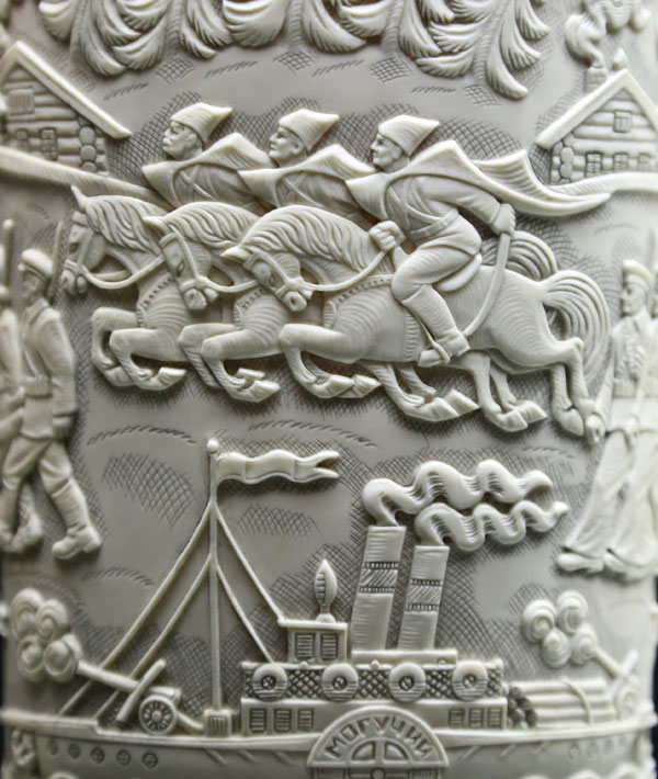 """The exhibition """"Travel on the roads of time. Carving art of Russia"""" lasts till January, 31, 2016."""