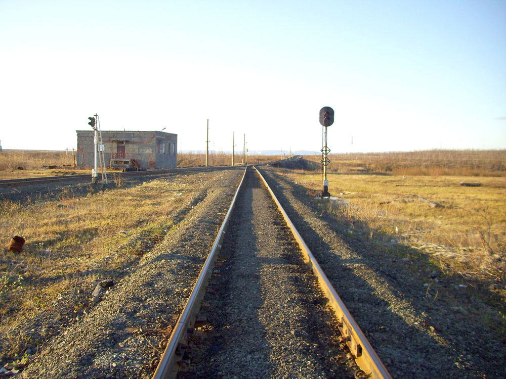 Norilsk railway is one of the most extreme transport routes in the world. Built amid stern tundra, the road connects the mining cities of Norilsk and Talnakh with the port city of Dudinka on the Yenisei river.