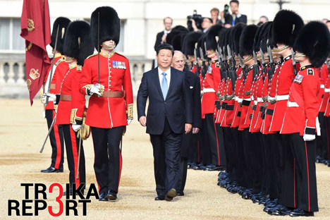 Chinese President Xi Jinping inspects the guard of honour during the official welcome ceremony at Buckingham Palace in central London, Britain, 20 October 2015.