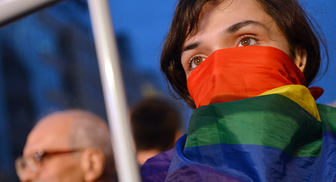 According to the bill proposed by Communist Party deputies Ivan Nikitchuk and Nikolai Arefyev, Russians would be fined or jailed for revealing themselves as gay in public, depending on the location.
