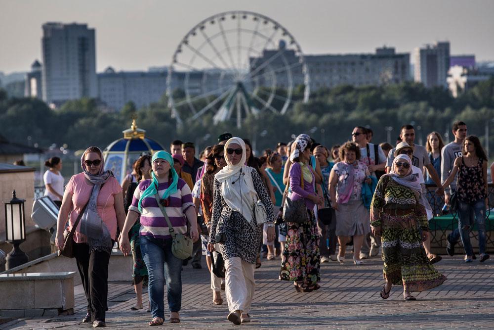 Prisotna so v številnih ruskih republikah. / Na sliki: Panoramsko kolo v mestu Kazan, prestolnici republike Tatarstan.