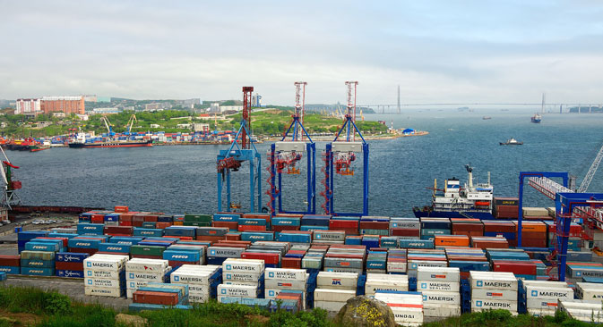 The container terminal in the commercial port of Vladivostok