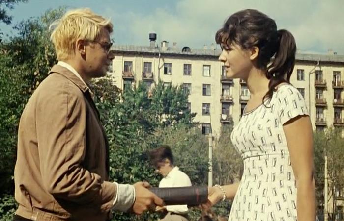 """Una scena tratta dal film """"Operazione Y e altre avventure di Shurik"""". Fonte: screenshot dal film"""