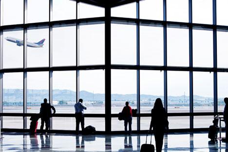 Necessidade de voar a trabalho faz russos enfrentarem medo