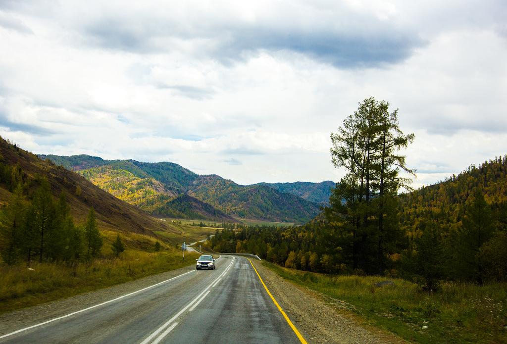 ロシアNOWは、ロシア人ジャーナリストのダィアナ・セレブレニコワ氏にこの道路の旅について印象を語ってもらった。