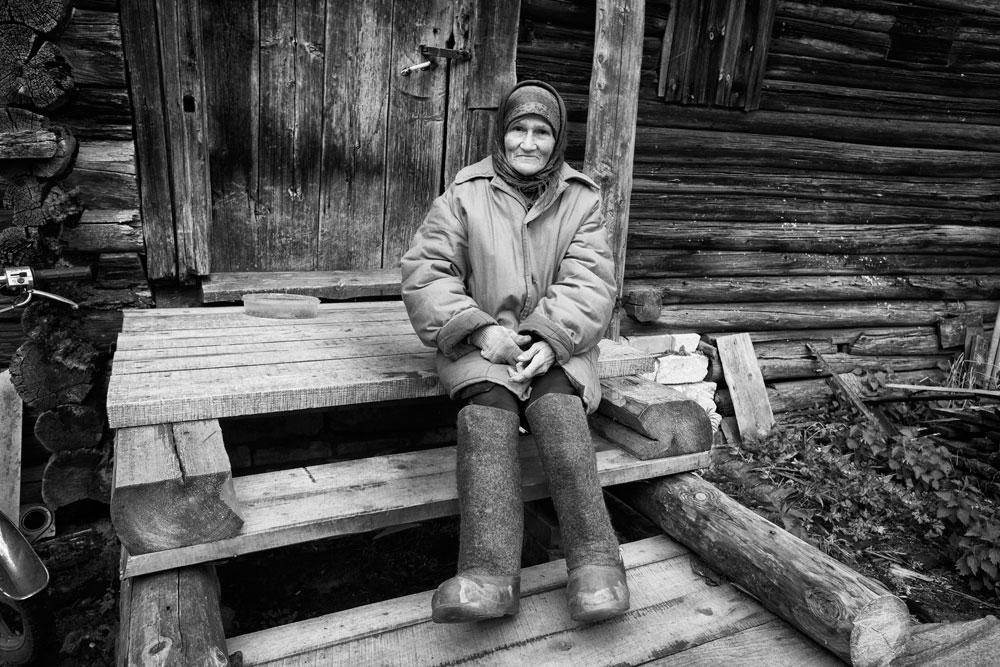 Тверска Карелија е дел од Тверската област и до неа од Москва се стасува за два часа возење. Таму во последниве 500 години живеат Карелите, мал, но горд народ.