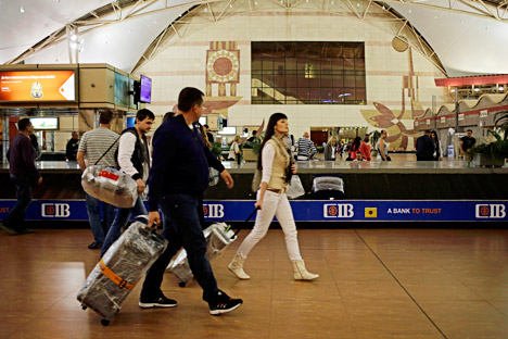 Russian tourists prepare to depart for St.Petersburg, from Sharm el-Sheikh International Airport, Egypt, Nov. 5, 2015.