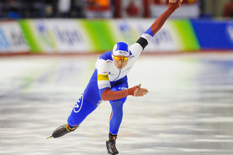 Pavel Kulizhnikov of Russia skates to a first place finish and new world record in the Men's 500m with a time of 34.00 during the ISU World Cup Speed Skating Championships in Calgary, Canada, on Nov. 15, 2015.