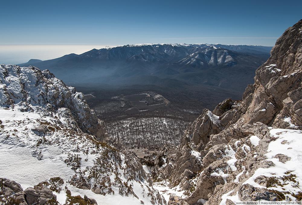 Potrebna su dva ili tri sata da biste se popeli na vrh. Pogled s 1527 m nadmorske visine je zadivljujuć.