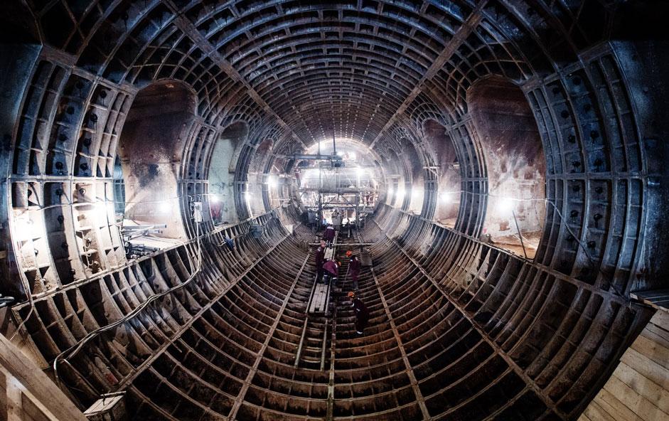 Die Bauarbeiten an der neuen Metrostation Fonwisinskaja in Moskau schreiten voran.