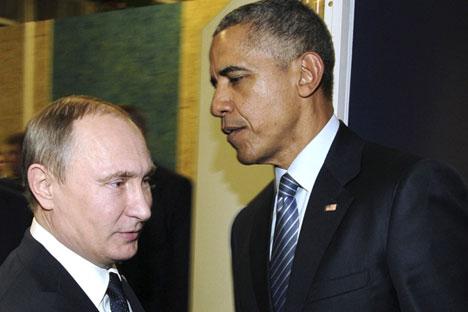 Barack Obama y Vladímir Putin durante su encuentro en COP 21 que se celebra en Le Bourget, cerca de París.