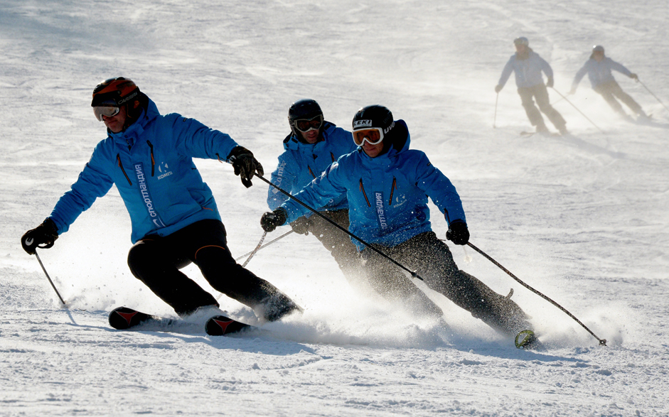 Guests during the ski season opening at the Kometa winter resort in Primorsky Territory.