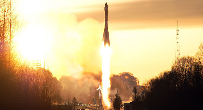 A Soyuz rocket carrying a military satellite blasts off from the launch pad at Plesetsk Cosmodrome in 2009. The Soyuz rocket was also used in the failed attempt to launch the Kanopus-ST satellite on Dec. 5, 2015.