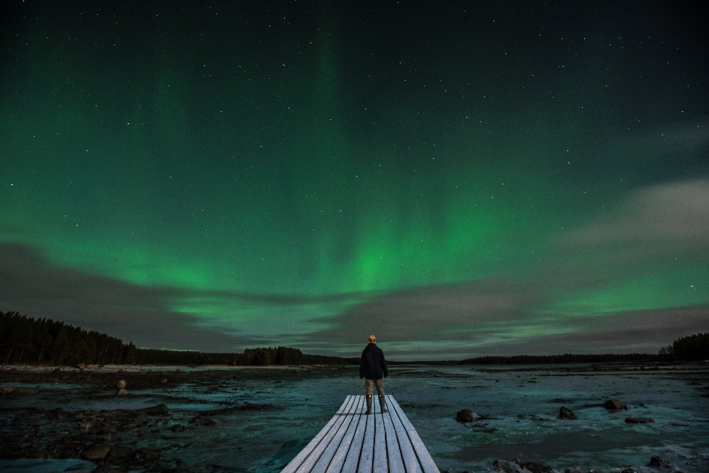 Der Fotograf Iwan Dementiewskij hat bereits an vielen Orten in russischem Norden Polarlichter fotografiert. Aber eine stärkere Leuchtkraft als in diesem Jahr hat er noch nie erlebt.
