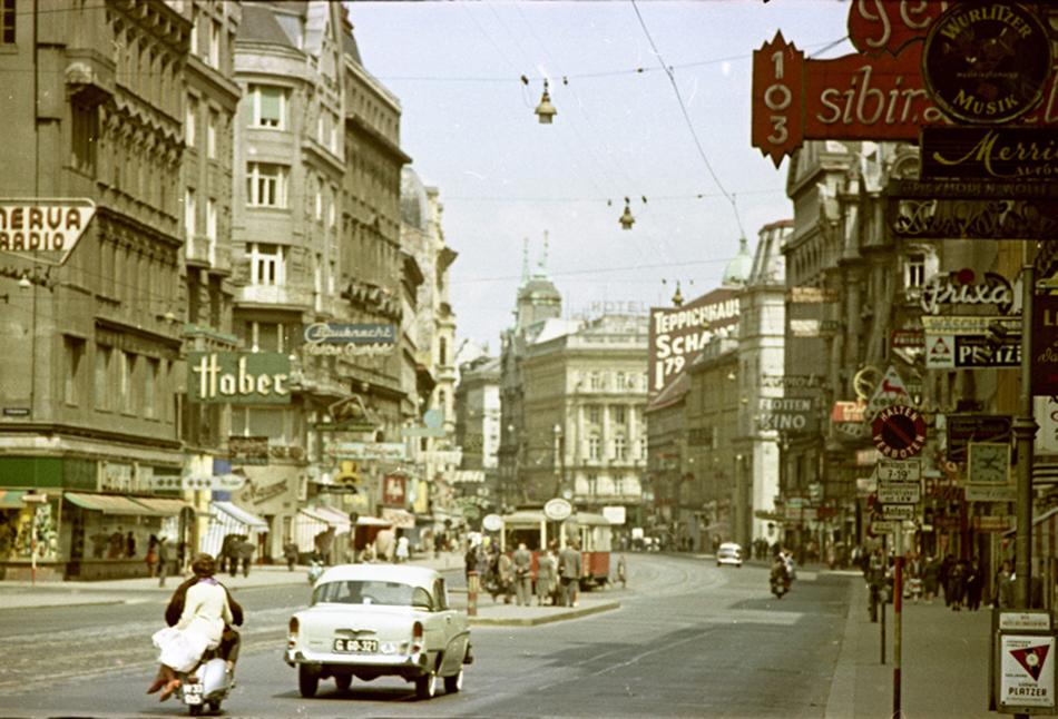 Mihail Savin (1915-2006) imao je sreću da je bio u službenoj delegaciji koja je posjetila Francusku u ožujku 1960. i Beč u 1961./Beč, 1961.