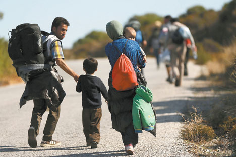 Exodus: thousands ofrefugees are stillfleeing conflict in Iraq,Syria, Afghanistan andother countries.