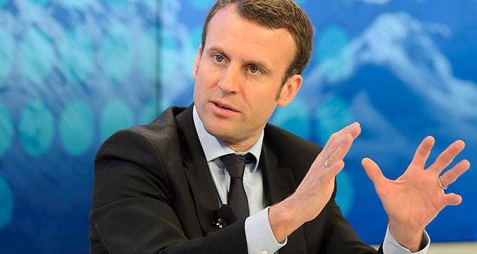 Minister Emmanuel Macron.