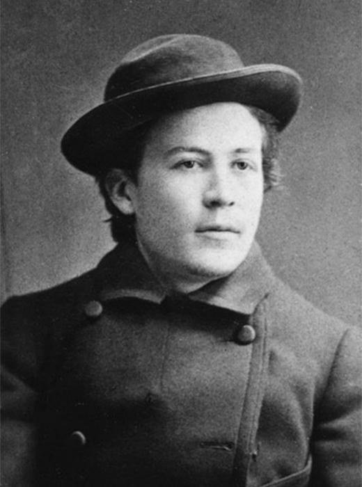 医学部生だった当時にポーズをとる『桜の園』、『三人姉妹』の著者アントン・チェーホフ。