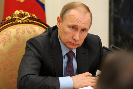 Vladimir Putin will meet with Francois Hollande on Oct. 19.
