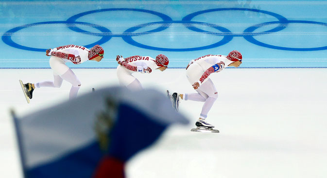 Russlands Eisschnellläufer auf der Überholspur.