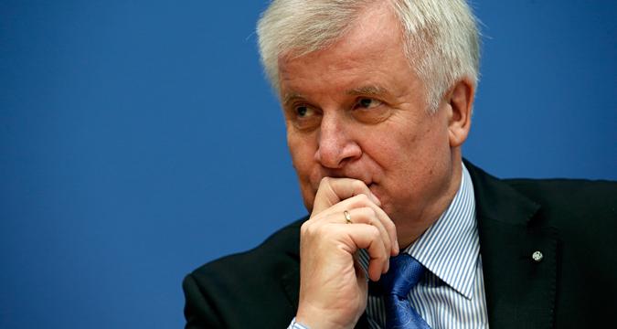 Der bayerische Ministerpräsident Horst Seehofer ist zu Besuch in Moskau.