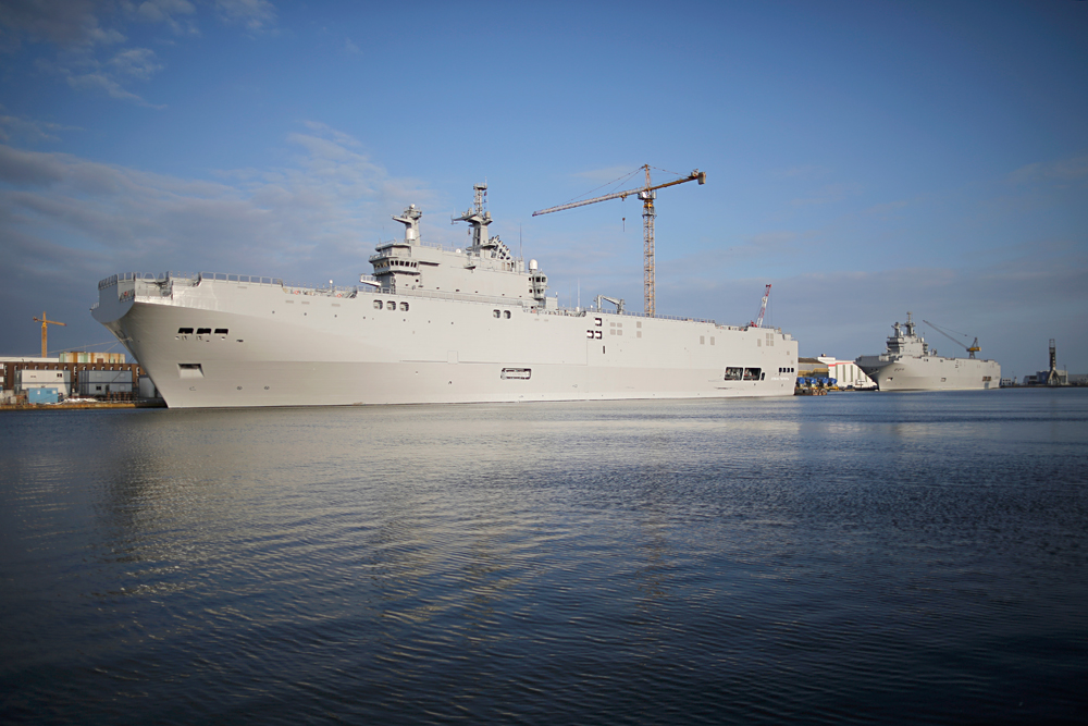 Two Mistral-class helicopter carriers Sevastopol (left) and Vladivostok are seen at the STX Les Chantiers de l'Atlantique shipyard site in Saint-Nazaire, western France, May 21, 2015.