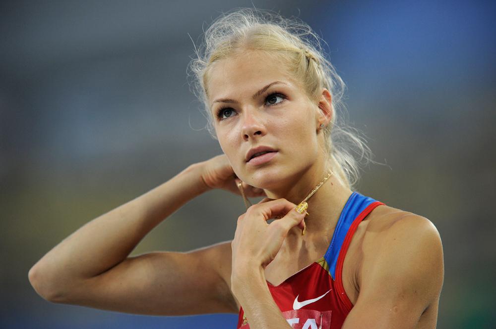 Darja Klischina wird vertreten von der international renommierten Agentur IMG, die Topmodels wie Heidi Klum oder Kate Moss unter Vertrag hat.