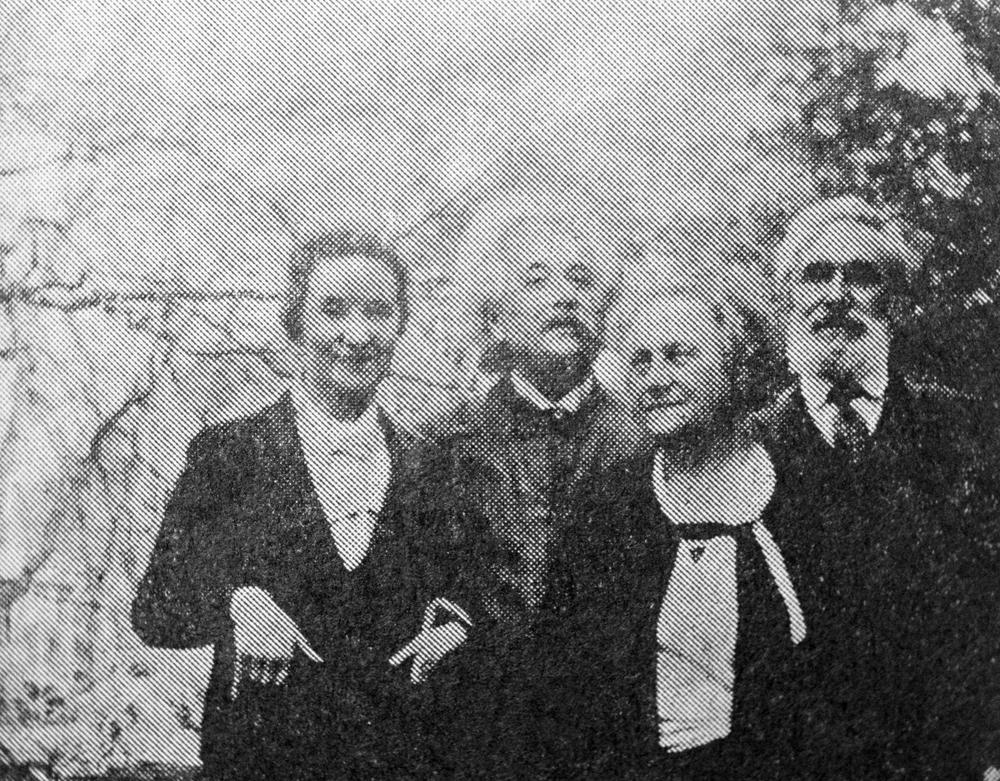 Margarita Konenkova bersama Albert Eistein di Princeton. Sumber: TASS